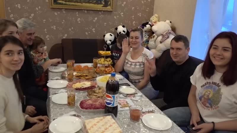 [v-s.mobi]VLOG Друзья приехали с заработков в Польше. Делятся впечатлениями..mp4