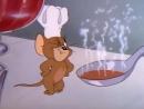 018 Мышка приходит на обед