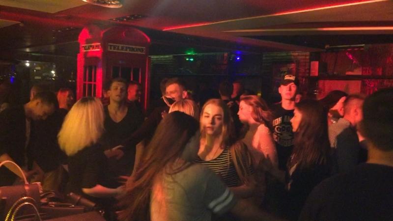 25.05.18 Холостячки - Dj Quest разносит Underground Bar