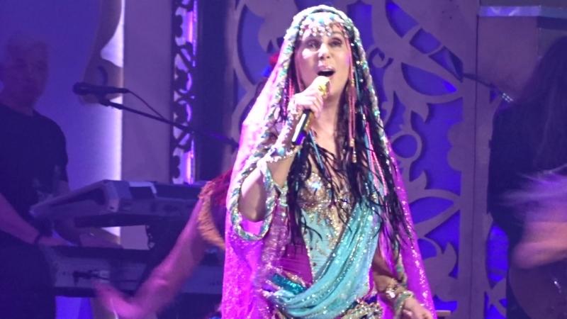 Шоу-концерт Cher Classic Cher в MGM-Park в Лас-Вегасе, май 2018, 4