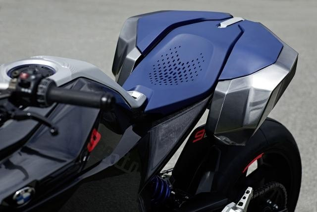 Концепт мотоцикла BMW 9Cento с мотором BMW F850GS