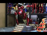 UnboxingHot Toys The Avengers - Mark VI 16th scale Diecast Collectible Figure