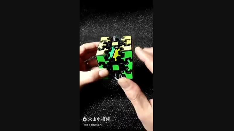 Хотели бы собрать такой Кубик Рубика? [jntkb ,s cj,hfnm nfrjq re,br he,brf?