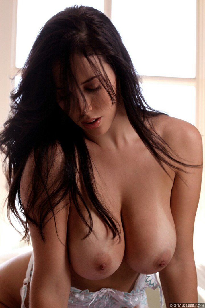Hot threesome two xxx video cuties