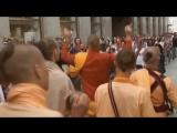 Zombie_vs_Hare_Krishna._Ananda_Vardhana_Svami._Ananda_Vardhana_Swami_(MosCatalogue.net)
