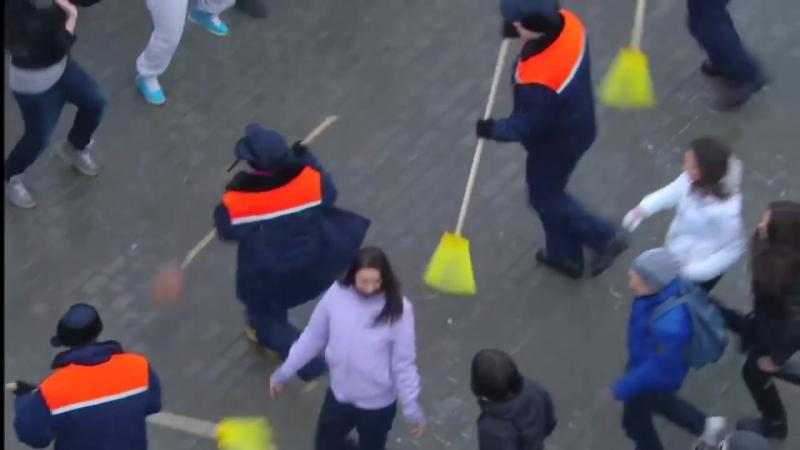 Flash mob in Moscow, Russia » Freewka.com - Смотреть онлайн в хорощем качестве