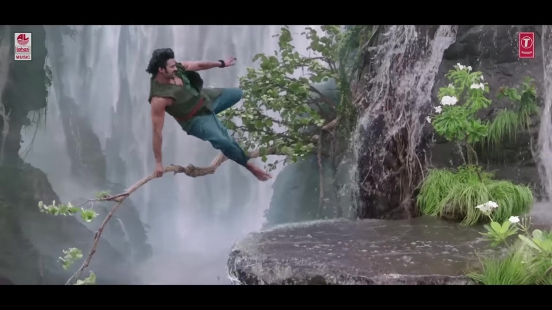 Baahubali (Telugu) - The Beginning - Dhivara (Full Video Song) - Prabhas, Anushka Shetty,Rana,Tamannaah - M M Keeravani