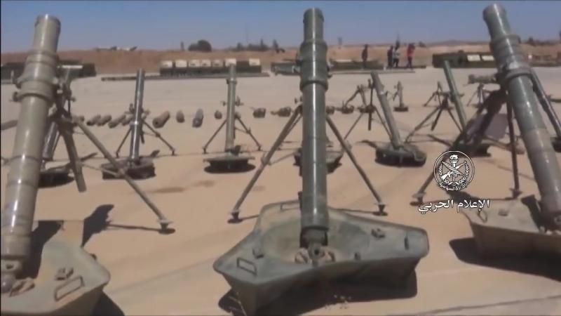 Сирия Оружие захваченной сирийской армией у боевиков FSA на иорданской границе 11 07 2018