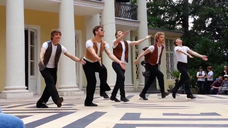 Школа Олега Табакова - Танцевально-характерный этюд Hava Nagila @ Нескучный сад 14.06.2014