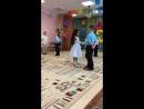 Танец отца с дочерью 👨👦😄