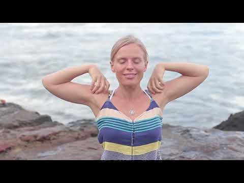 Пятиминутная разминка - йога для начинающих с Наташей Будниковой