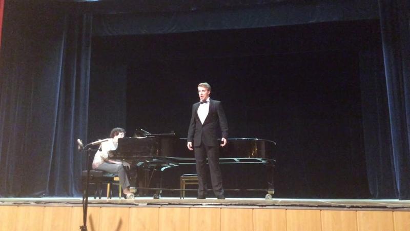 """Каватина Фигаро из оперы «Севильский цирюльник». Россини. Figaro.""""Largo al factotum"""", Rossini."""