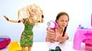 Барби упала в лужу. Куклы для девочек. Мультики для детей
