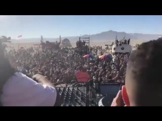 Carl Cox b2b Joseph Capriati dropping Ur Around Me @ Burning Man