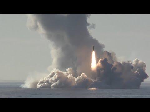 Залповый пуск баллистических ракет «Булава» из акватории Белого моря по полигону Кура » Freewka.com - Смотреть онлайн в хорощем качестве