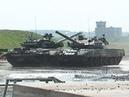 Танки Т-90 танцуют на полигоне в Раменском