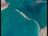 Вид на Керченский пролив из космоса до и во время строительства Крымского моста