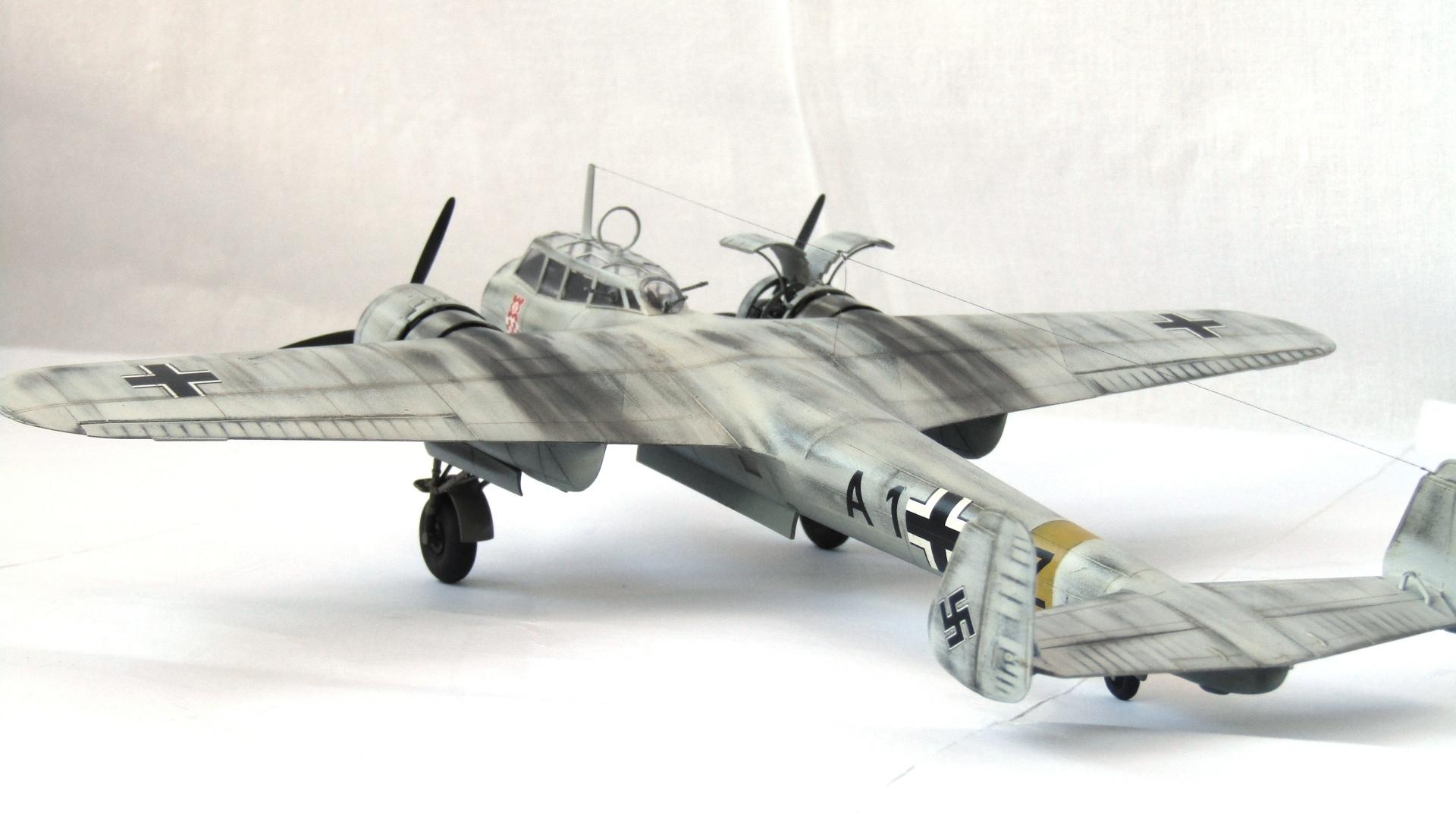 Do-17 Z-2 1/72 (ICM) WmNS96Sq7co