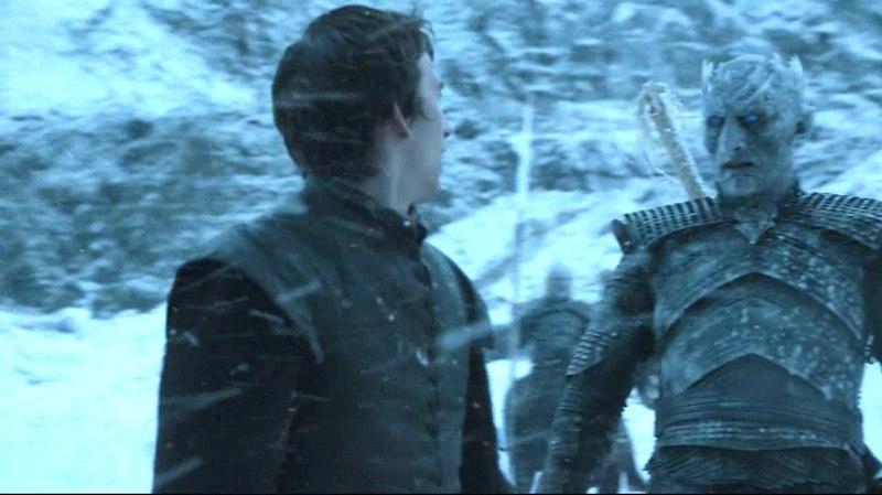 El Rey de la Noche toca a Bran Stark Juego de Tronos Español HD