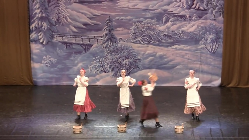 Русский шуточный танец Возле речки Ансамбль Топотушки