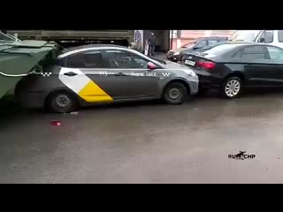 БТР против Яндекс такси.mp4