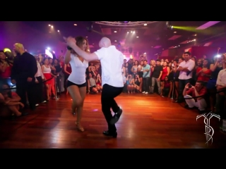 ATACA & LA ALEMANA Bachata Dance Performance 40 MILLION VIEW PARTY @ THE SALSA ROOM.mp4