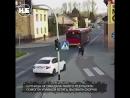 Девушка толкнула подругу под автобус… Говорит, ради шутки