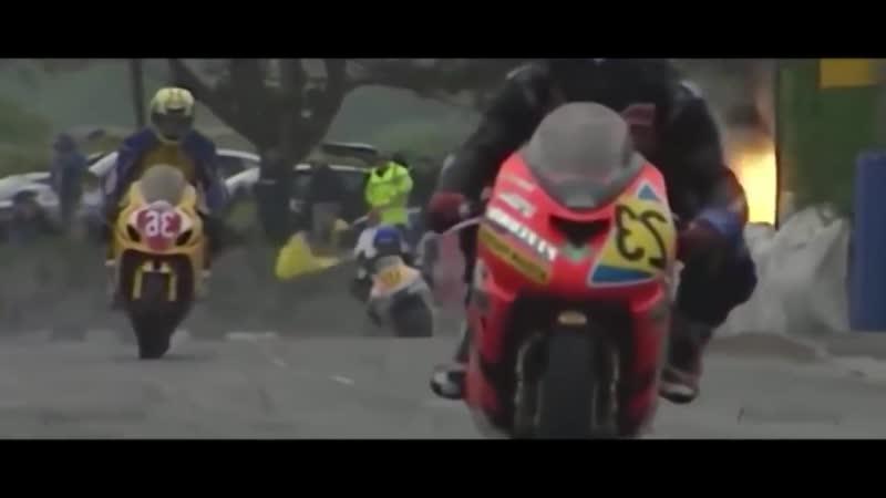 Смерть гонщиков на трассе - Isle of Man TT
