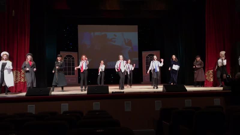 Прекрасная половина театра Забайкальские узоры поздравляет коллег с Днём защитника Отечества.