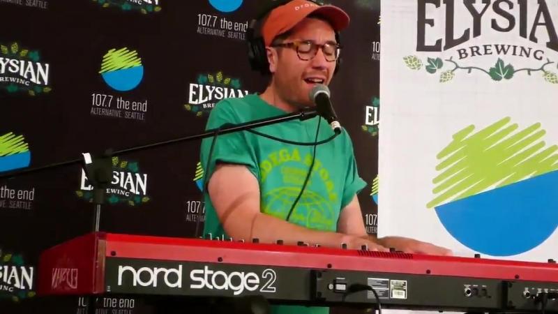Dan Smith (Bastille) - Blame (Live @ 107.7 The End's End Session 2018)