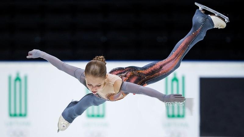 Александра Трусова показала сенсационный прыжок - ЧЕТВЕРНОЙ ЛУТЦ. Гран-При среди юниоров 2018.