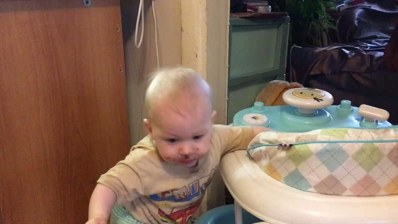Паша 9 месяца