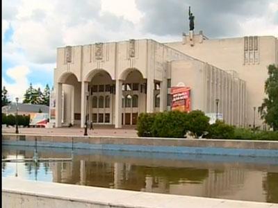 Фонтан на Театральной площади отремонтируют через два года