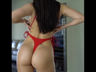 Laura Marie идеальная упругая сочная попка молодой красивой няшки с точенной фигуркой, секс юольшие жопы сиськи