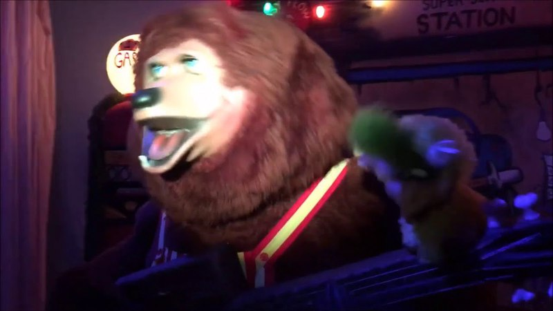 Thank God I'm A Country Bear- The Rock-afire Explosion (Improved Audio)