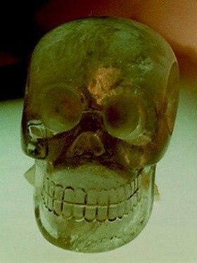 Кто создал хрустальные черепа