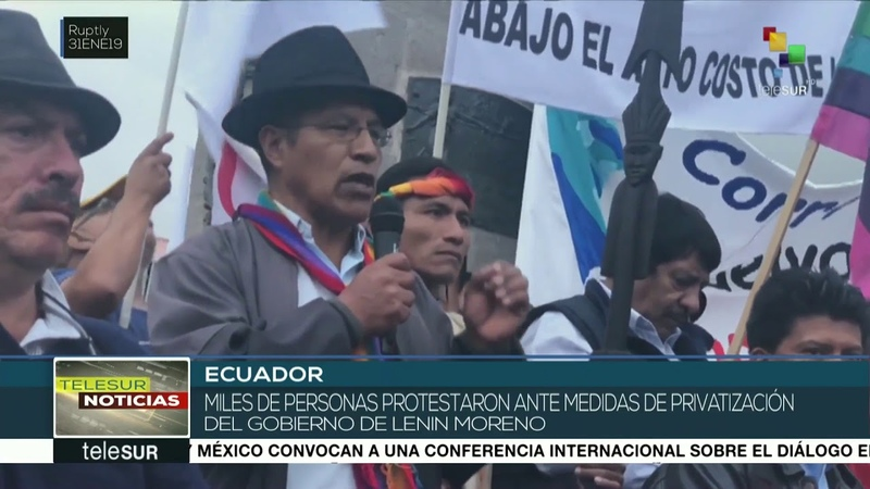 Miles de ecuatorianos protestan contra las políticas de privatización