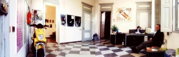 Как учат в Италии Игорь Лобанов о своей учебе в IED (Italy, Torino) Всем привет! Меня зовут Игорь Лобанов. С 1999 года я учусь в Италии, в Европейском Институте Дизайна в Туринском филиале на