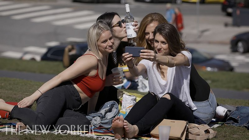 How Did We Become Obsessed with Selfies Obsessions The New Yorker