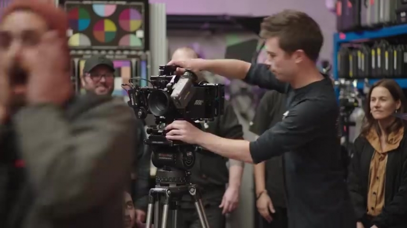 ARRI - From tripod to handheld in 1 second! Thanks to...