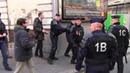 Injures et baston entre CRS et Policiers en France - 9 Décembre 2013