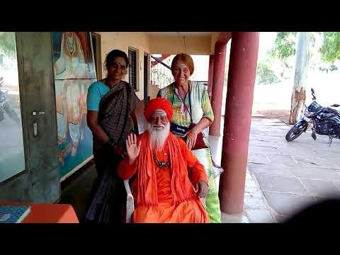 Путешествие по Индии. Встреча со святым саньяси, который поведал мне мою судьбу.