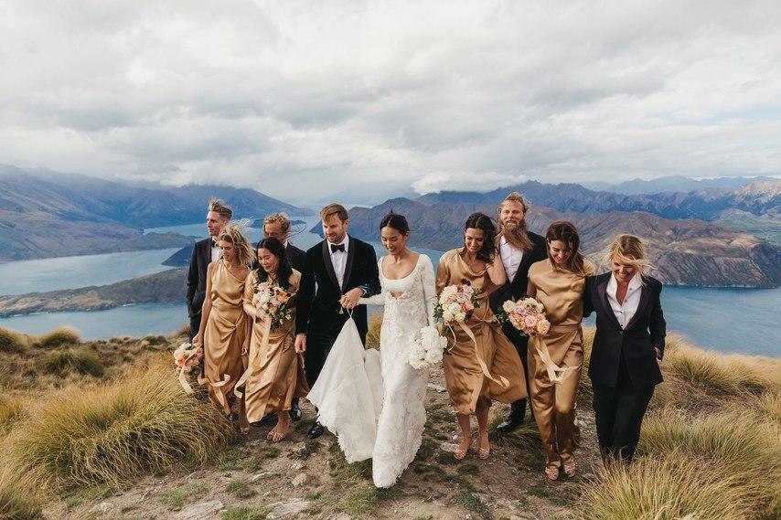 ValmcQeb3bY - 100 крутющих композиций для церемонии, танцев, пауз – составляем свадебный плейлист