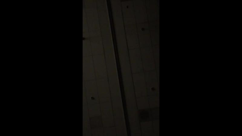Аудиодорожка из сник-пика 5.01. Кларк сломлена и хочет убить себя.