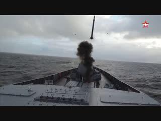Кадры ракетных стрельб «Адмирала Горшкова» в Баренцевом море