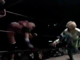 Shinobu Kandori, Rumi Kazama, Mayumi Ozaki vs. Dynamite Kansai, Cutie Suzuki, Harley Saito