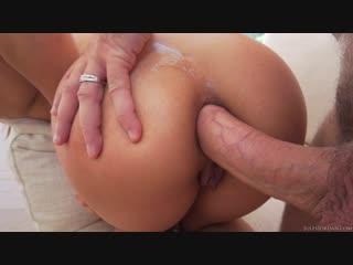 Sara Luvv Opens Her Ass For Manuel Ferrara