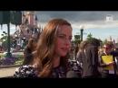 HeyUGuys Интервью с Каей Скоделарио на премьере «Пиратов Карибского моря 5» в Париже