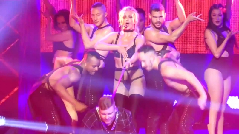 Britney Spears Nip Slip - Oxon Hill, Maryland (2018)