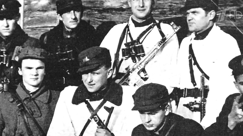 Влитовском парламенте наградили «лесных братьев»— пособников фашистов. Новости. Первый канал